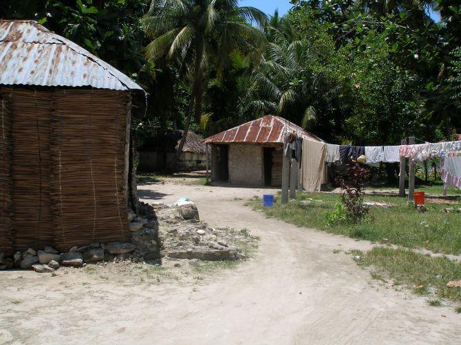 Haiti, Ille a Vache, village