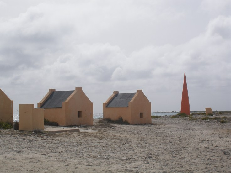 Bonaire: salt mines slave huts