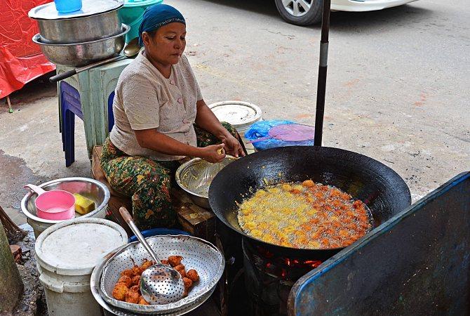 Myanmar, Burma, restaurant