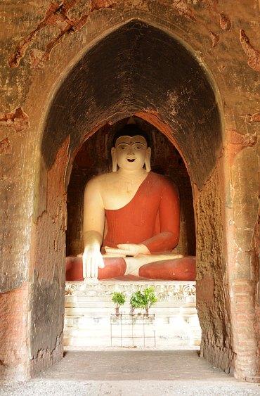 Buddha, shwe-gu-gy, Bagan, Myanmar, Burma