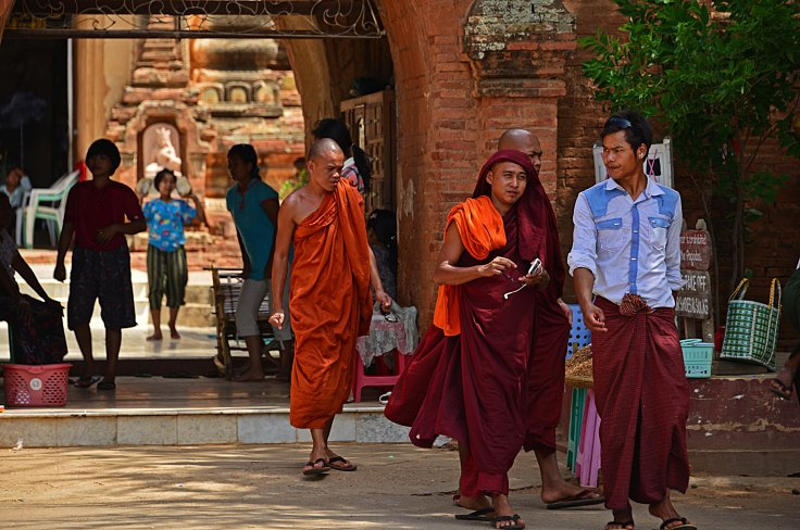 Bagan, temples, burma, myanmar, monks