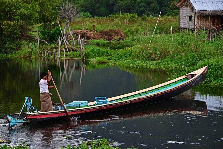 Shan, Burma, Myanmar, Inle Lake, fisherman