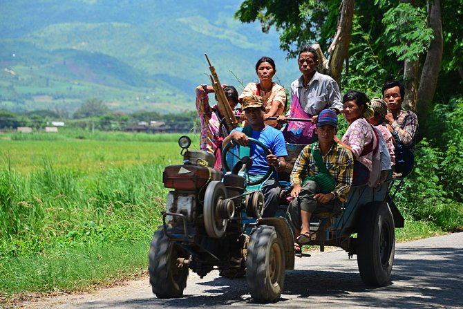 Shan, Burma, Myanmar, Inle Lake, transport