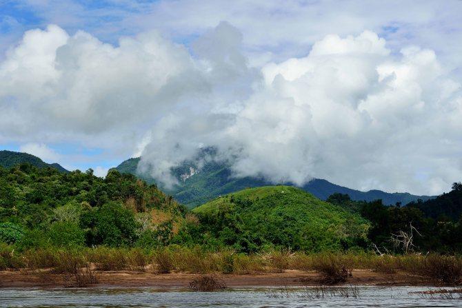 Nong Khiaw, Laos, dam