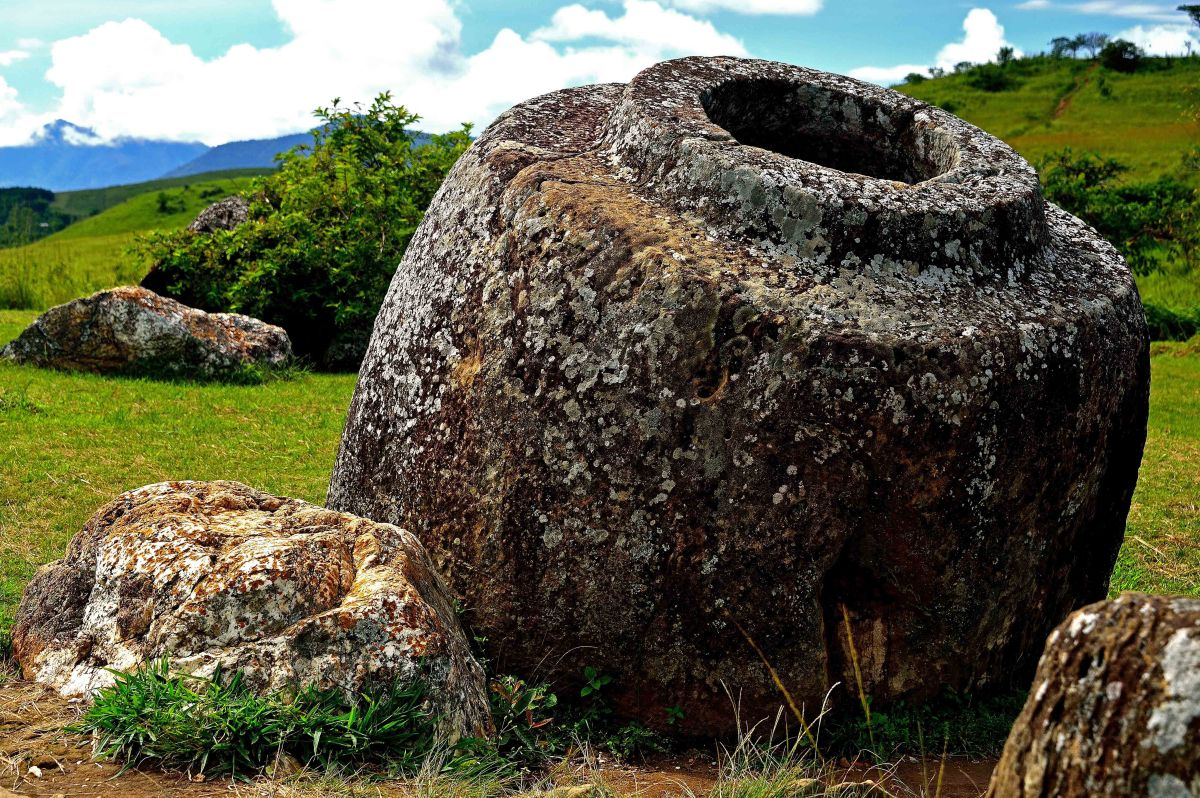 The mysterious Plain of Jars - Phonsavanh, Laos