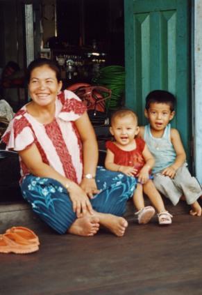 Cambodia, smiles, stung treng