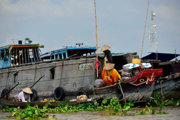 Can Tho, Vietnam, canal transport, markets
