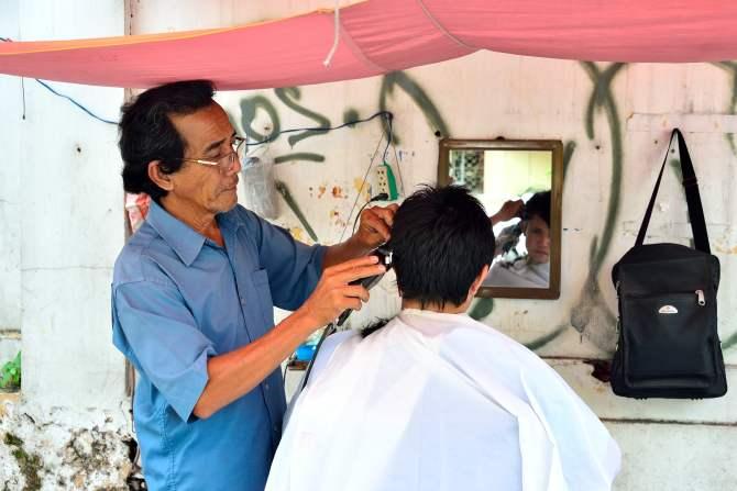 Saigon, Vietnam, barber