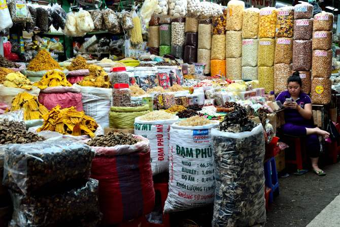 Saigon, Vietnam, markets