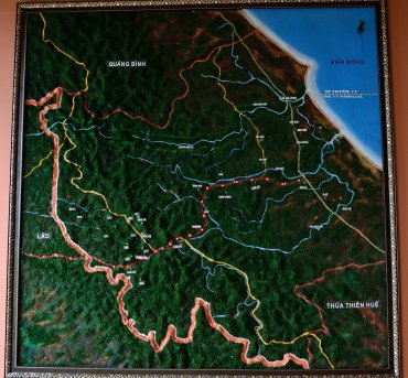 Hue, Vietnam, map Ho chi Minh trail
