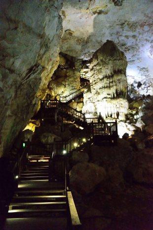 Paradise Cave, Dong Hoi, Vietnam