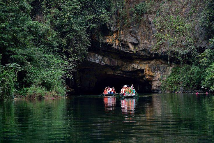 Trang An, Caves, Ninh Binh, Vietnam