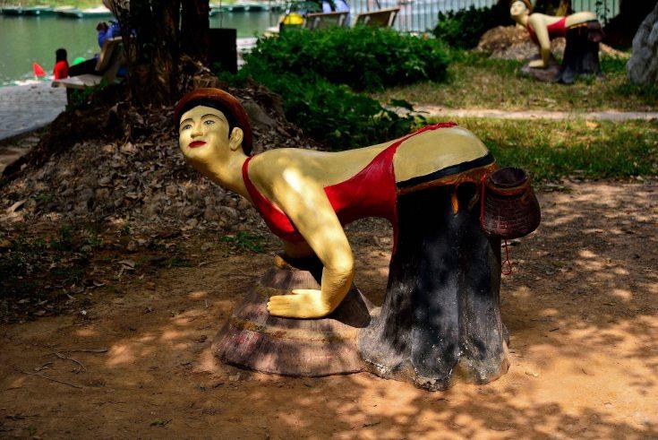 Trang An, Caves, Ninh Binh, Vietnam, statues