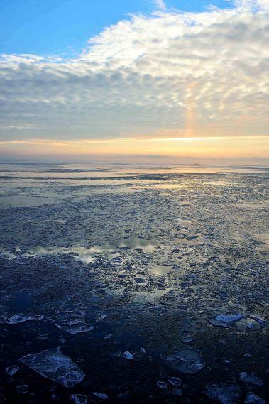 Baltic sea ice, Kuressaare, Saaremaa Island, Estonia, The Baltics, Europe