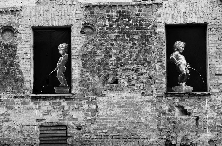 Street art in B&W - Kaunas, Lithuania, Baltic States, Europe
