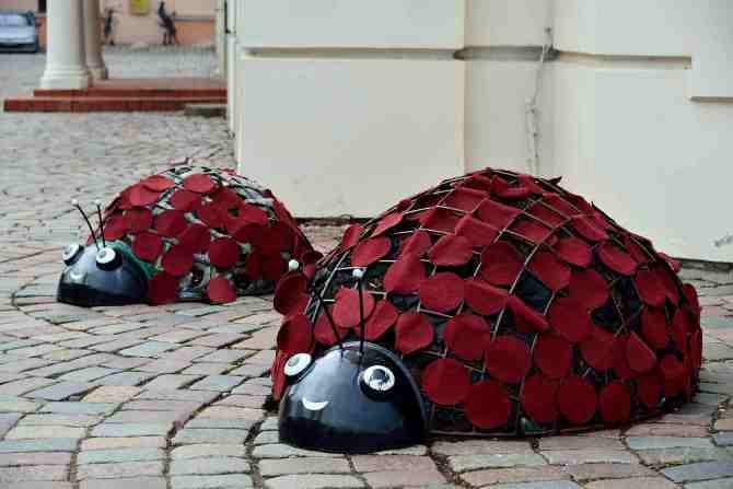 Kaunas:Lady Beetle street sculpture, Lithuania
