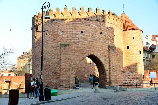 warsaw, gates, old town, barbakan