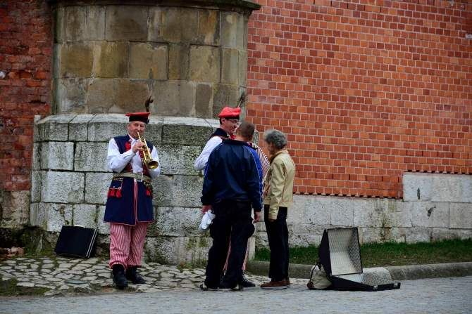 Wawel, castle, poland, krakow, buskers