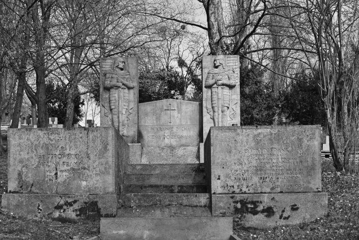 Old Garrison Cemetery, poland, poznan,