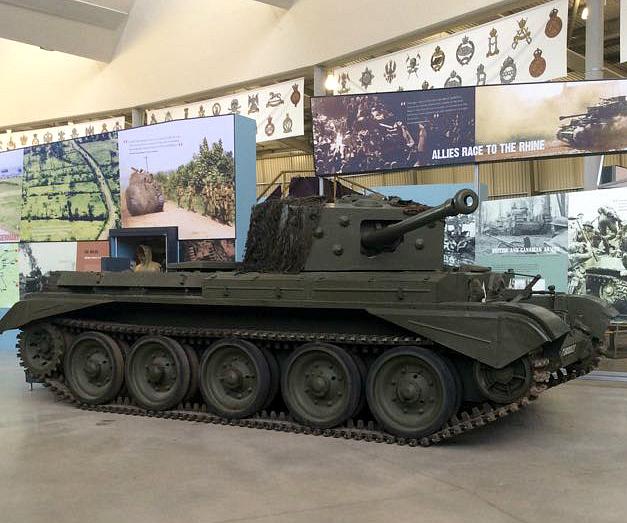 cromwell, bovington, tank, england