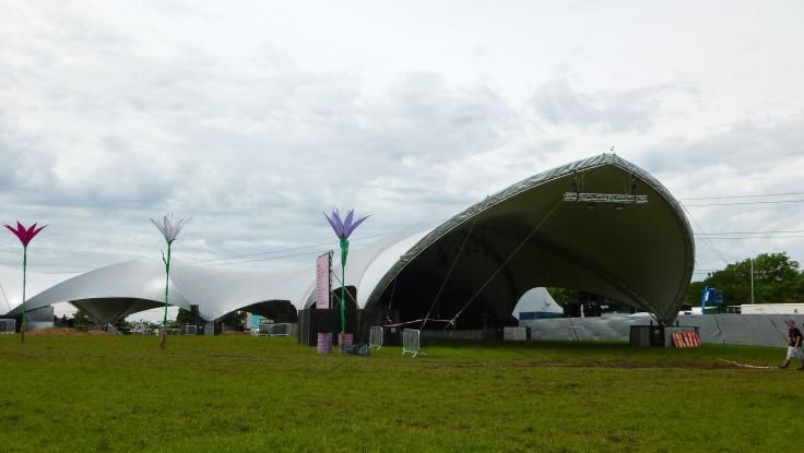 Glastonbury festival, England, motorhome, Sonic