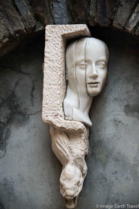 Corniglia, Italy, motorhome, camping, sculpture