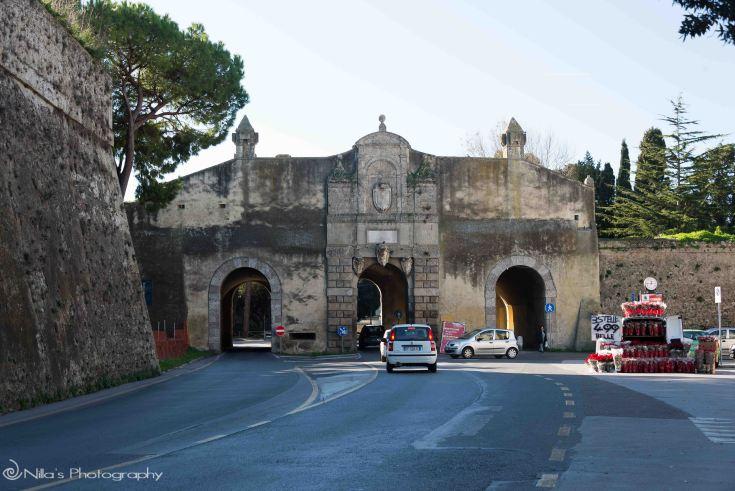 Gates, Orbetello, Italy, motorhome