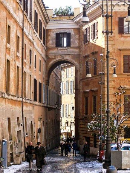 alleyways, Rome, Italy, snow