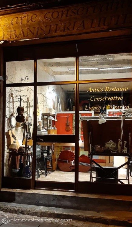 Violin maker, Old Town, Cosenza, Calabria, Italy, Europe
