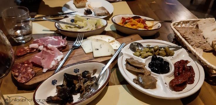 Tagliere, Osteria San Lorenzo, Cosenza, Calabria, Italy, Europe
