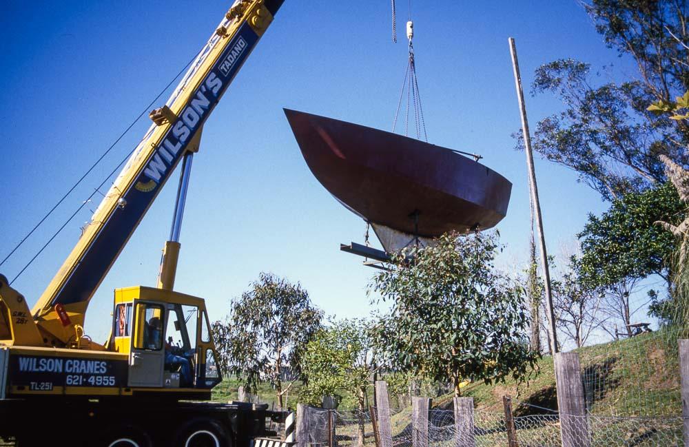 craning hull, Windsor, Hawkesbury, NSW, Australia, Oceania