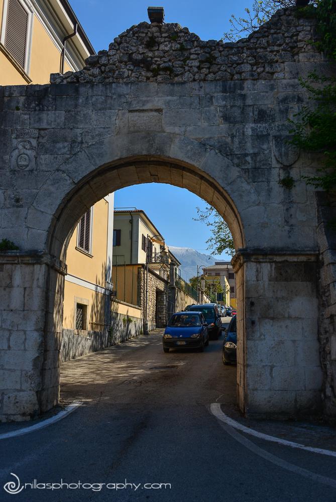 Porta Romana, Sulmona, Abruzzo, Italy, Europe